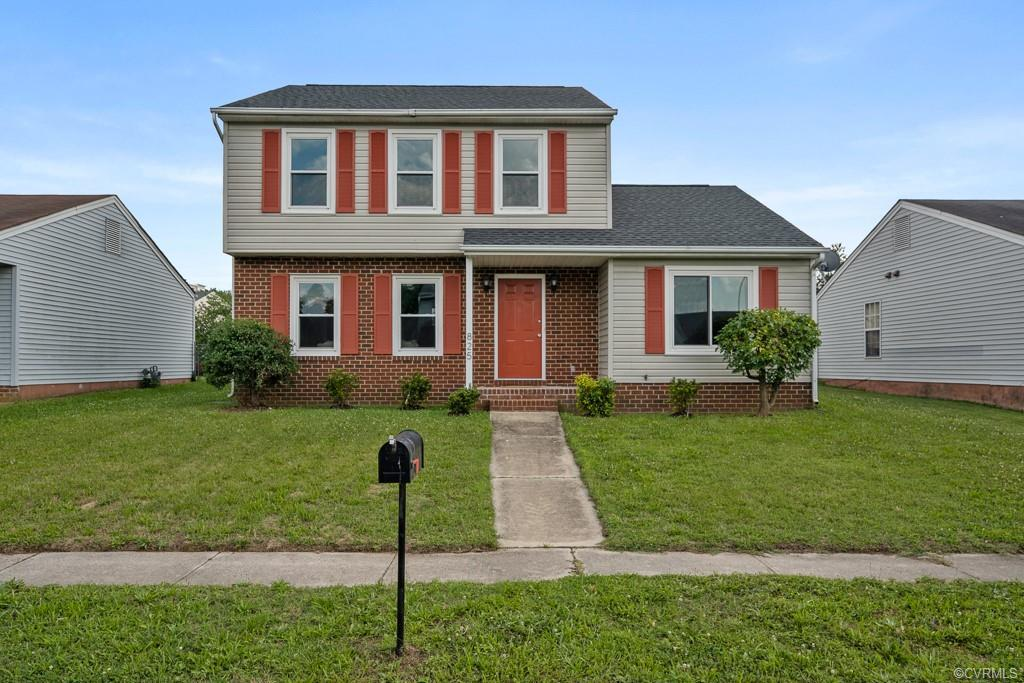 You will Love this Beautiful 3 Bedroom Home with 2.5 Baths that has been Updated!  Low Maintenance w
