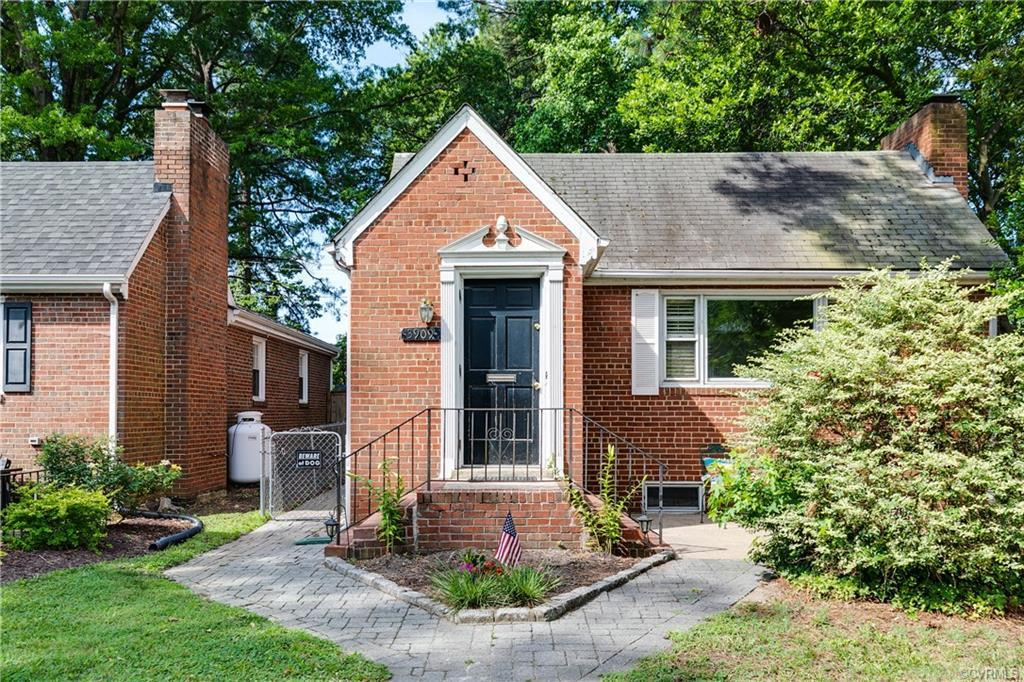 MUST SEE this adorable all brick Rancher in the established Monument Annex neighborhood! Love everyt