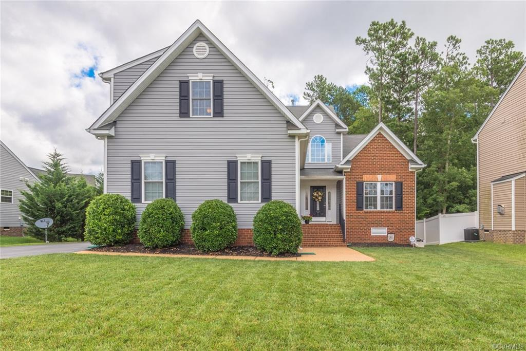 DO NOT WAIT! Sellers have gone the extra mile to prepare this home its new owners! This 5 bedroom ho