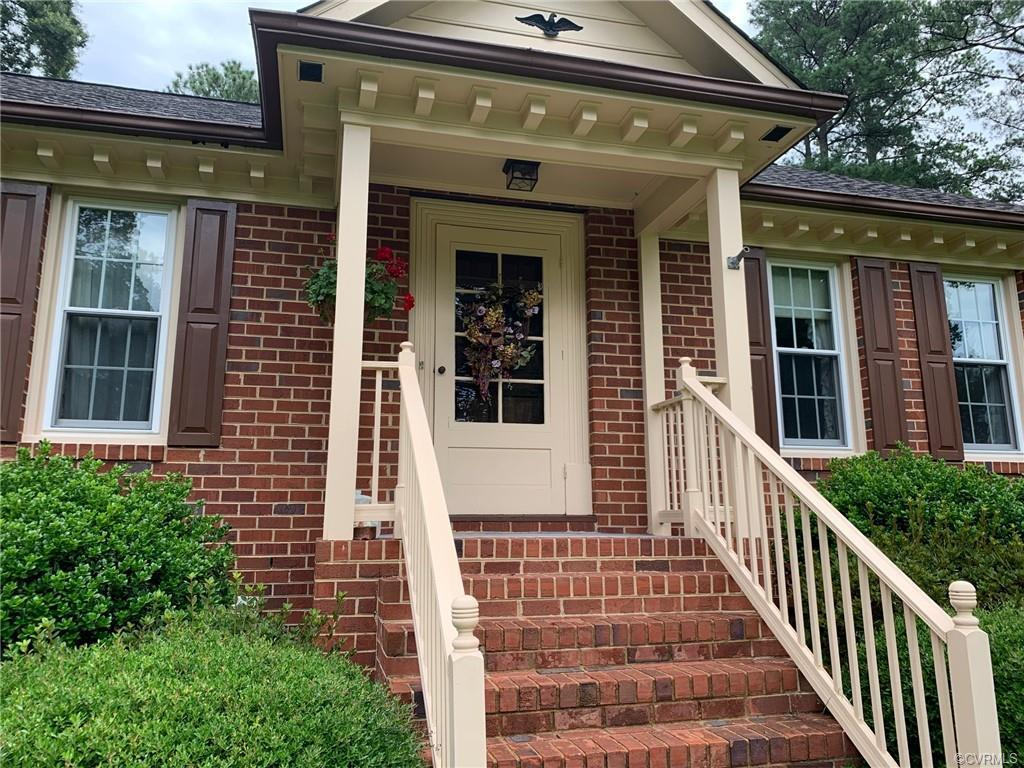 Beautiful 3,168 sq.ft. Brick Home! 4 bedrooms, 2.5 Baths. Full finished basement with 1/2 bath(4th b