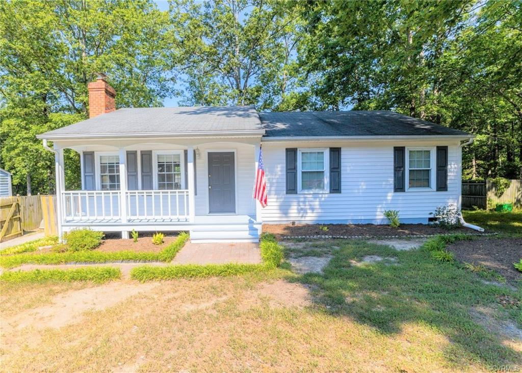 Great LOCATION in highly sought after Chesterfield schools.  Affordable low maintenance vinyl RANCH