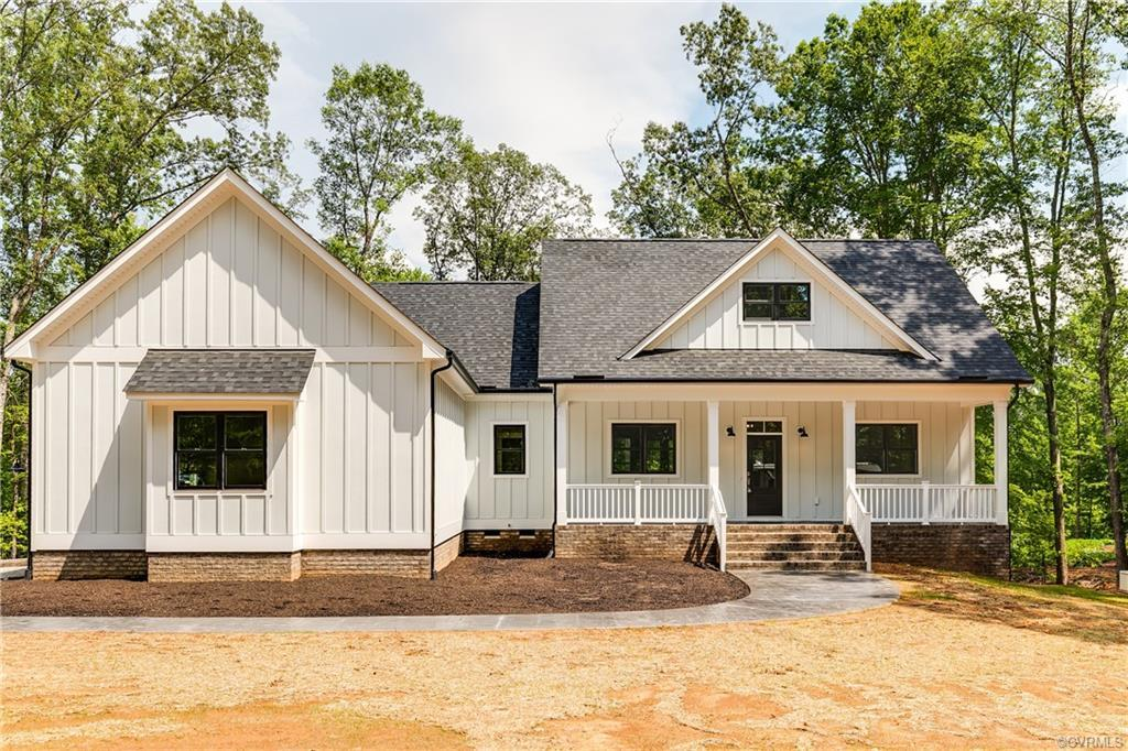 Welcome to 1301 Marlin! Nestled in a secluded oasis next to James River in Goochland, over 8 acres o