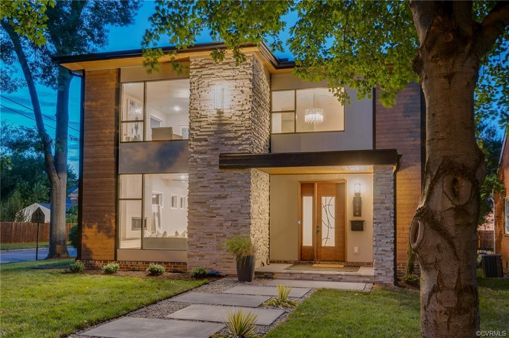 Exquisite Modern Prairie style new build inspired by American master architect Frank Lloyd Wright is