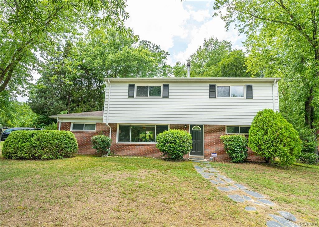 Beautifully renovated 4 bdr, 2 bath, 2,228 sq ft home on a corner lot in a desirable location of Far
