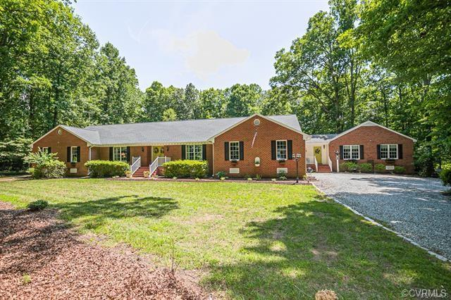 This beautiful turnkey brick & vinyl rancher has everything you have been looking for! Offering 4 be