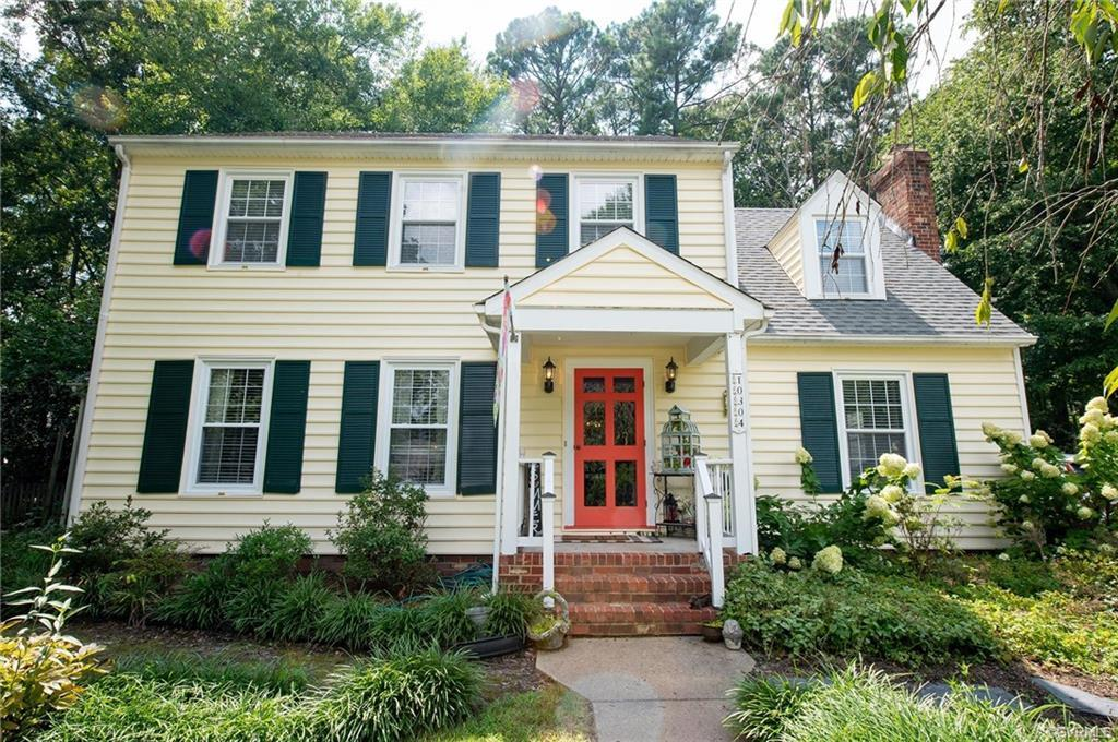 Welcome to 10304 Salford court!!!! Come see this spacious 5 bedroom home in the Glen Allen district