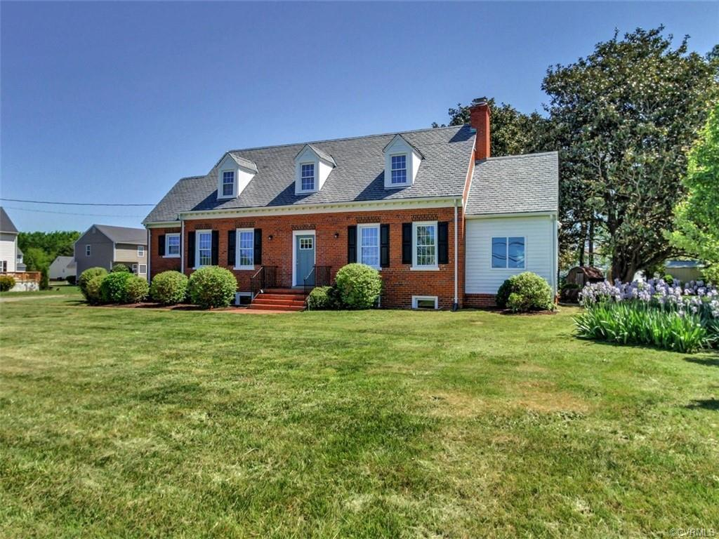 """STUNNING, JUST STUNNING RENOVATION. Hard to find 3 Bedroom 2 FULL BATH """"Brick & Slate"""" Cape with a F"""