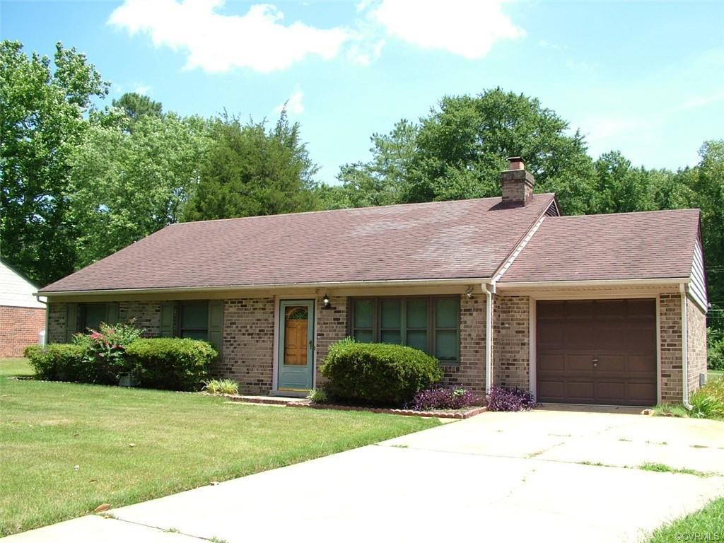 Wonderful brick and vinyl ranch in Henrico's north side. Walk to three lakes park! Three bedrooms an
