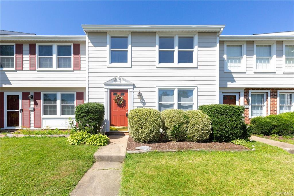 Welcome HOME to 9722 Candace Ter!! AFFORDABLE townhouse in a desirable West End location. This home