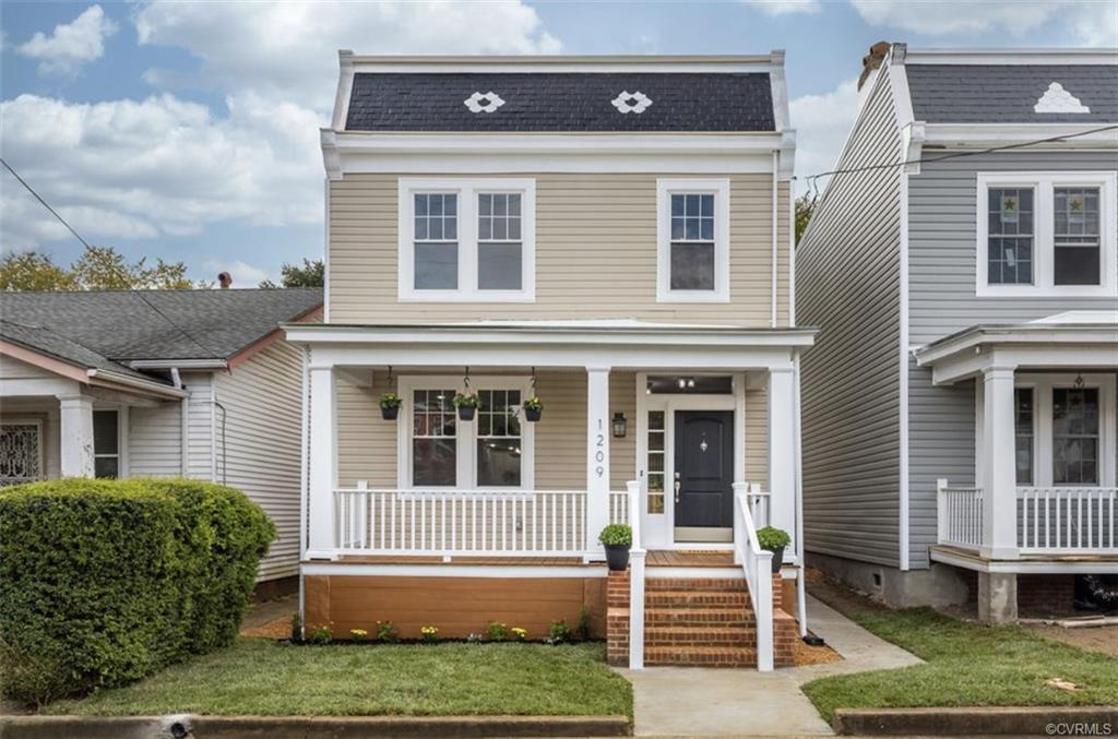 Welcome to 1209 N 35th St !! A stunning renovation in RVA's Church Hill Neighborhood with a modern t