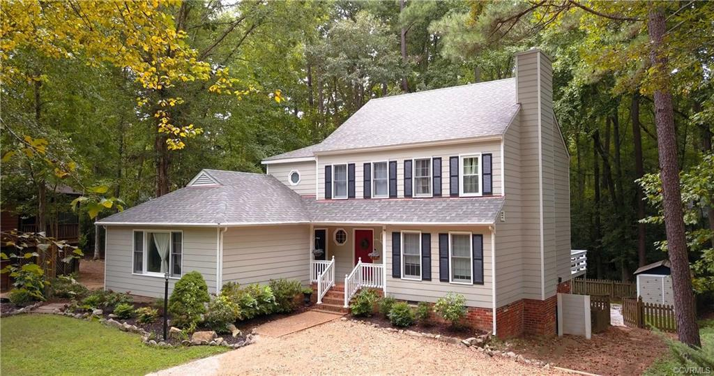 Looking for a beautifully maintained home in the sought after Brandermill community?  Look no furthe