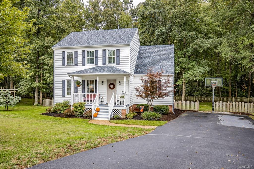 Welcome Home to this Beautiful two-story home in fantastic Glen Allen community! Located close to In