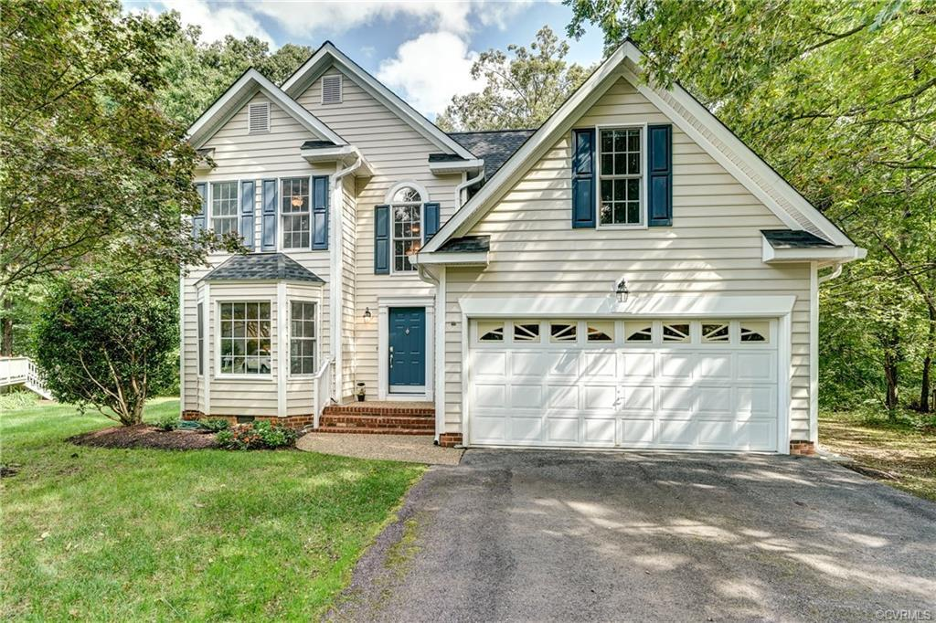 Meticulously maintained 4 bedrooms, 2.5 bath home! Updated kitchen with gas cooking, granite counter