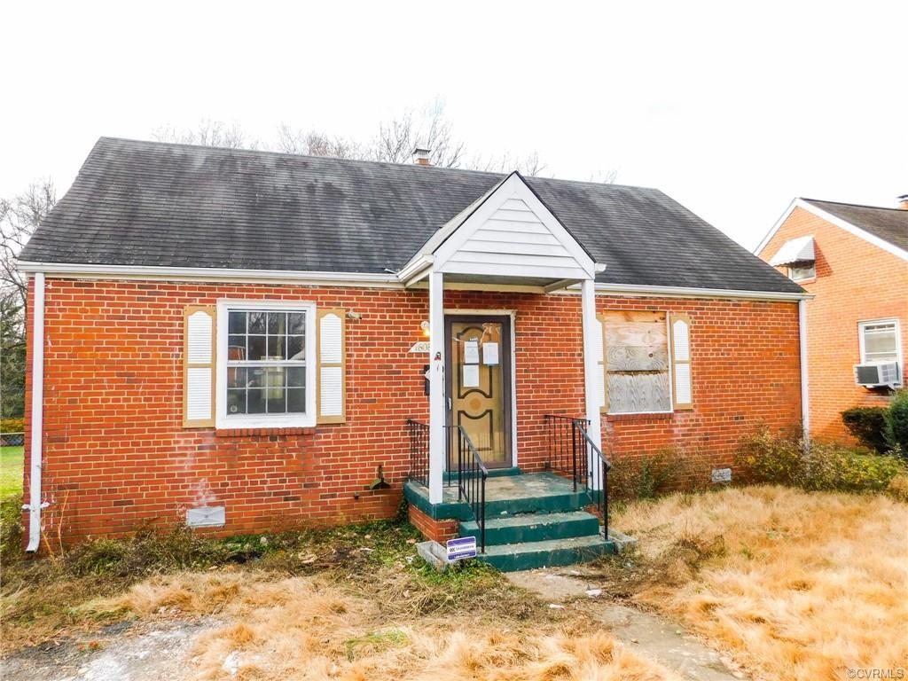 Great opportunity! Brick ranch home located just minutes from downtown and walking distance to Belle