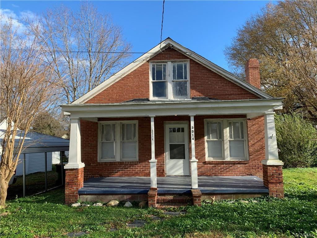 "Adorable Cape ready for a buyer that is willing to renovate or that investor looking to flip. Seller has installed new laminate flooring throughout most of this house. Nice size lot sits on a circle street in a quiet neighborhood. Nice front porch for enjoying the outdoors. House and outbuildings being sold in ""as-is"" condition. Inspection is for informational purposes only."