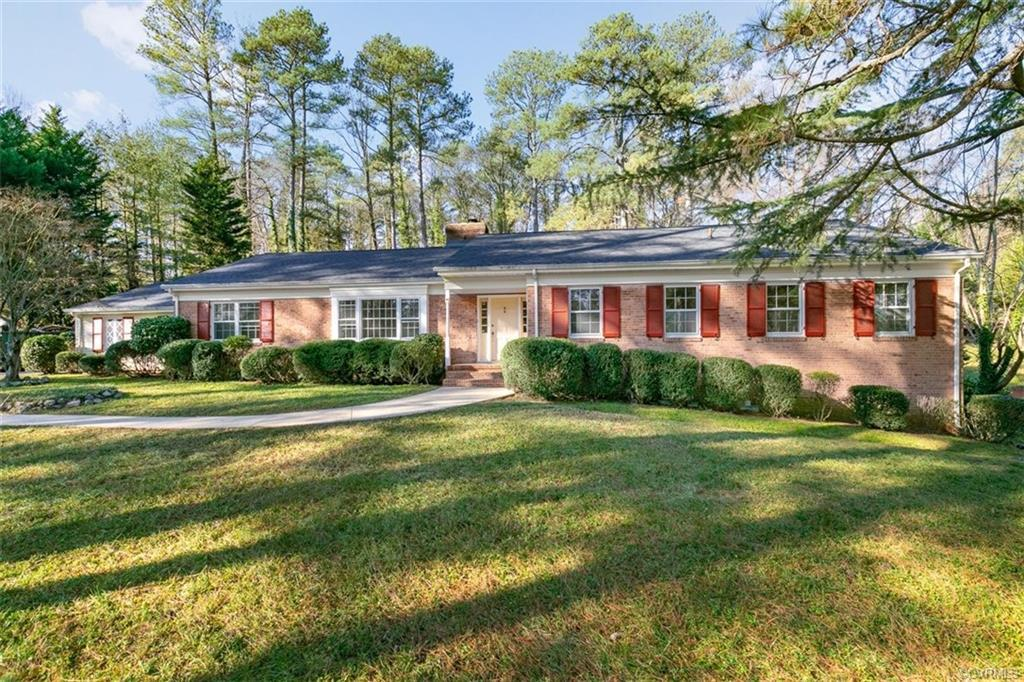 Welcome to 3526 Traylor Rd. Recently remodeled sprawling brick ranch with a floorplan perfect for en