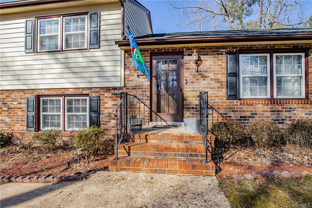 Welcome Home to 730 Wadsworth Drive! This Beauty is situated on a nice lot & is conveniently located