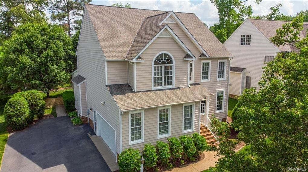 4 bedrooms, 3.5 baths, 2 car garage house for rent in the west end of Richmond. River's edge element