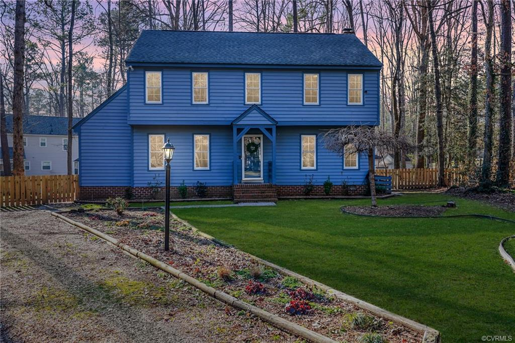 ADORABLE COLONIAL IN SOUGHT AFTER BRANDERMILL!  Fall in love with the character and quaint touches i