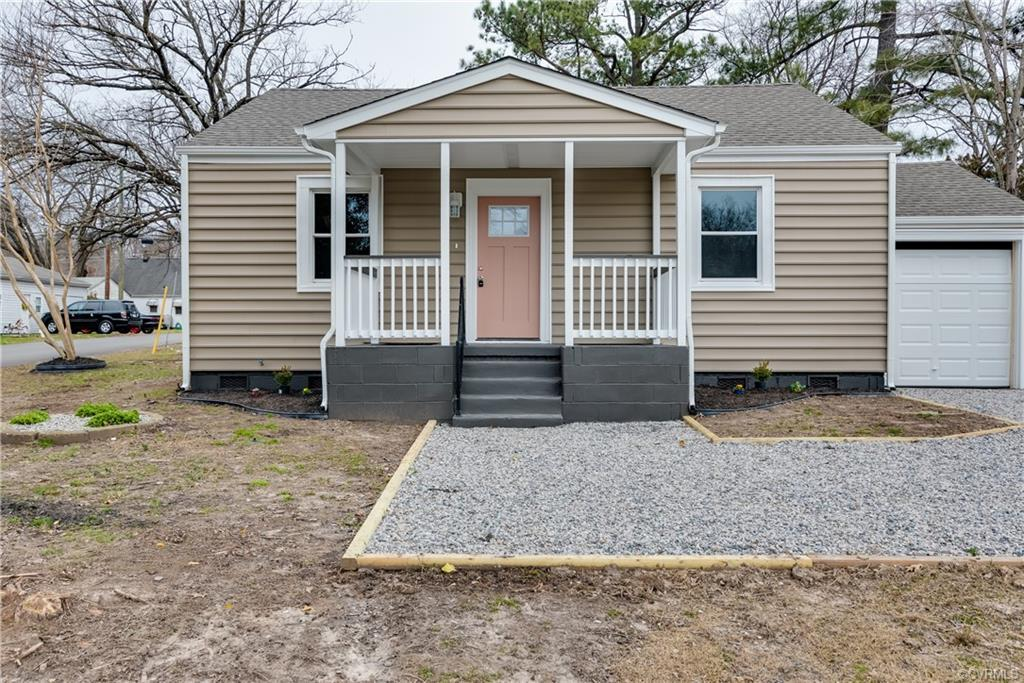Nestled minutes to downtown RVA & VCU, this beautifully renovated Cottage Bungalow is now available!