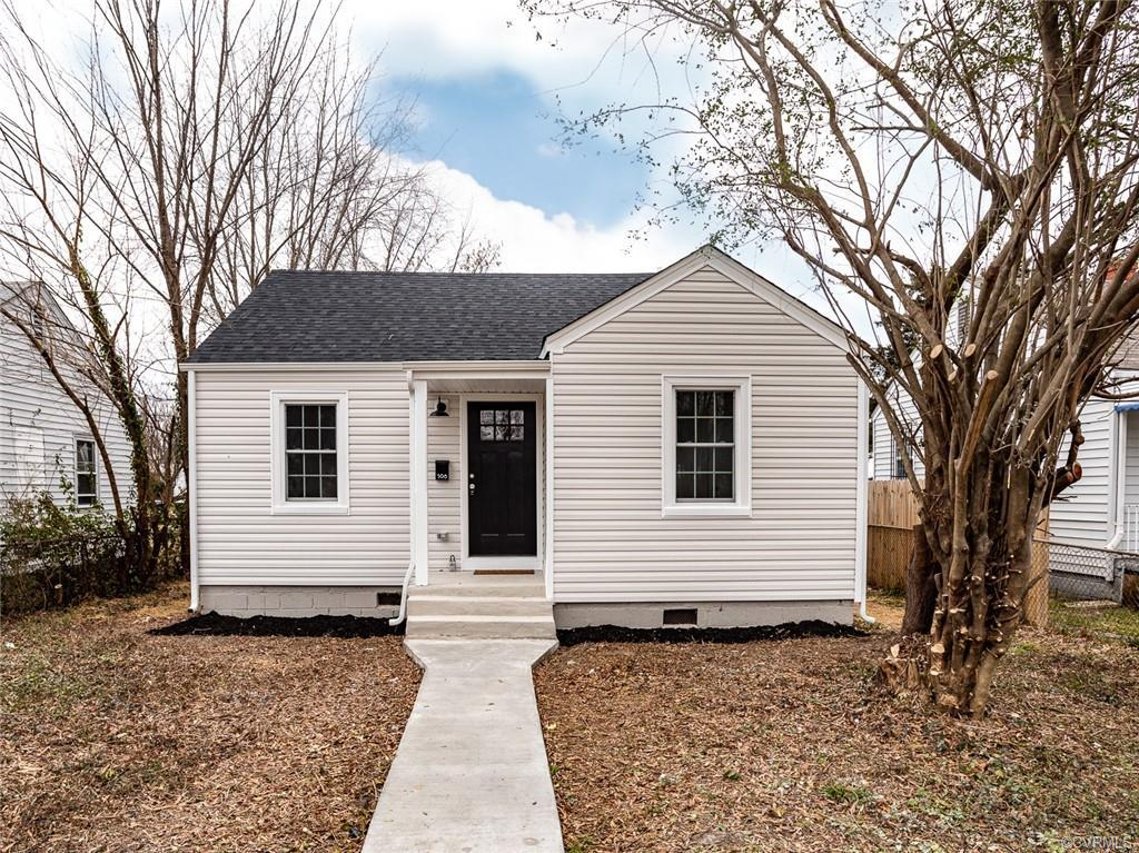 KNOCKOUT RENOVATION of a cute Northside cottage....single-level, efficient living in the city!  New