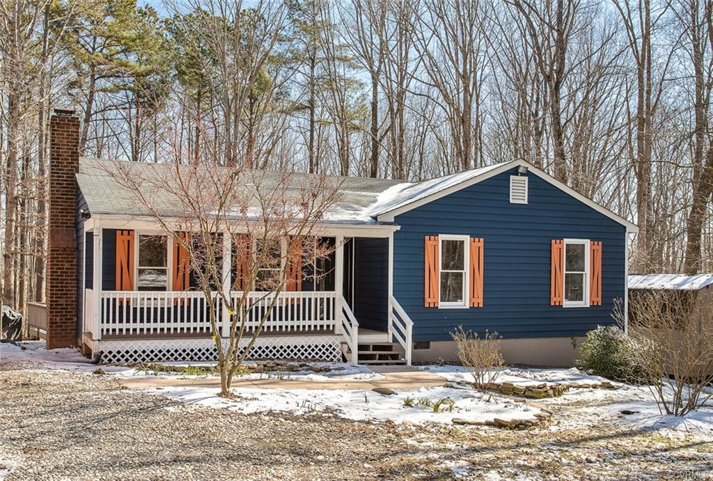Country living, yet easy access to Short Pump via 64/Gum Spring exit. FIXER UPPER ranch on two priva
