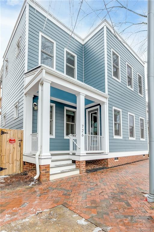Welcome to 726 N 23rd St a gorgeous 3 bedroom, 3 bath home with over 2,200SF in the Heart of Union H