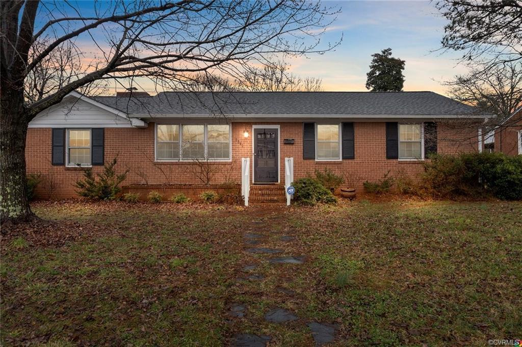 This one level brick ranch home is minutes from downtown, Stony Point, Midlothian and the ever popul