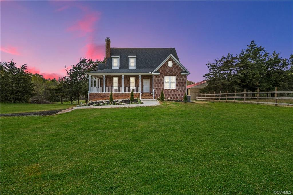 You're going to fall in love with this Mini Estate, sitting on 10 acres ( There is another 10 Acre l