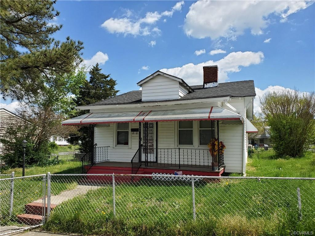 THIS PROPERTY IS SOLD AS IS. INSPECTIONS ARE FOR INFORMATIONAL PURPOSES ONLY.  GREAT BUNGALOW FOR A
