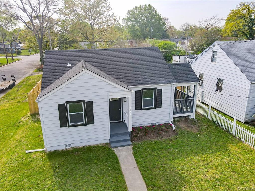 Peter Paul 2 bedrooms, 1 full bath, ranch style home. Fully renovated. Most see the masterful crafts