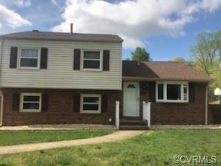Tri-level home features 3 bedrooms 1.5 bathrooms. Possible additional room or office on the 3rd leve
