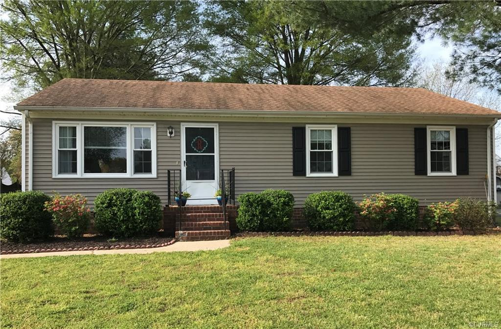 Super clean and conveniently located, this 3 BR 2 full bath ranch is ready for new owners!  Notable