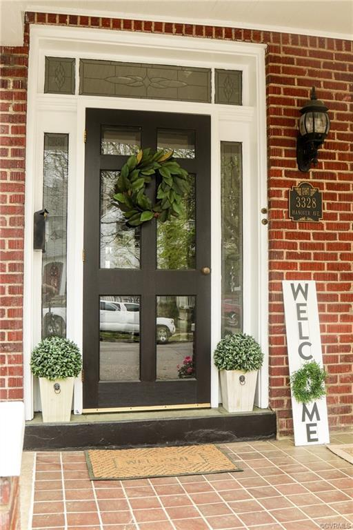 Welcome home to Hanover Ave, in the Historic Fan District. Enter from the nice open front porch with