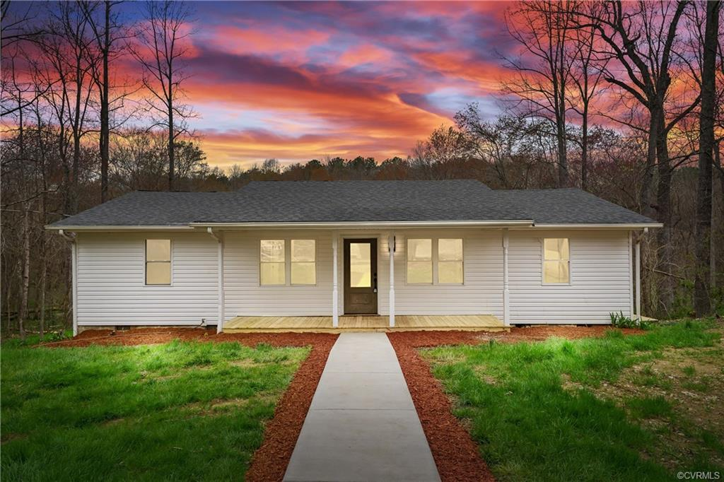 WELCOME HOME! BEAUTIFULLY RENOVATED RANCHER ON OVER 1 ACRE! UPDATES INCLUDE BRAND NEW: FRONT PORCH,