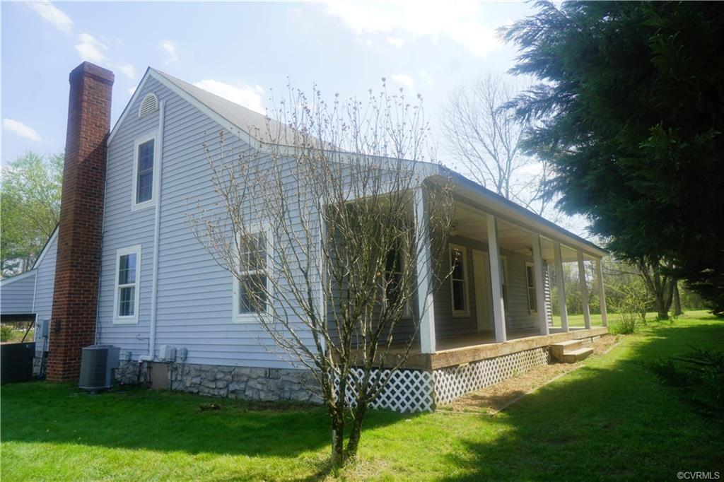 Country living at its best! Charming farm property with the original farmhouse dating to 1754! Compl