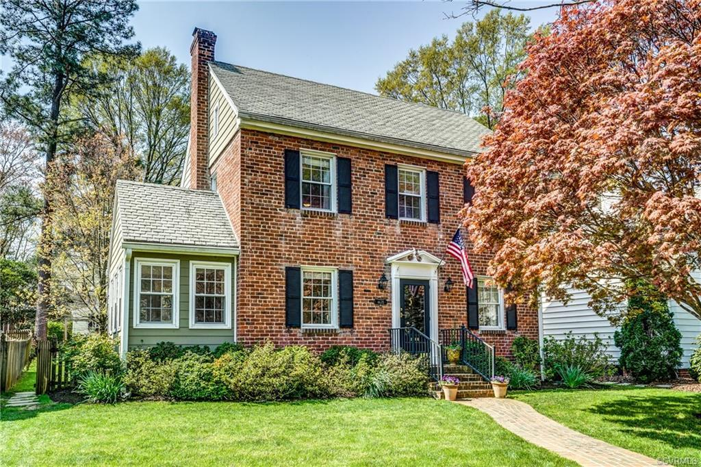 Wonderfully charming brick colonial located in highly sought after Mary Munford area. This home exud