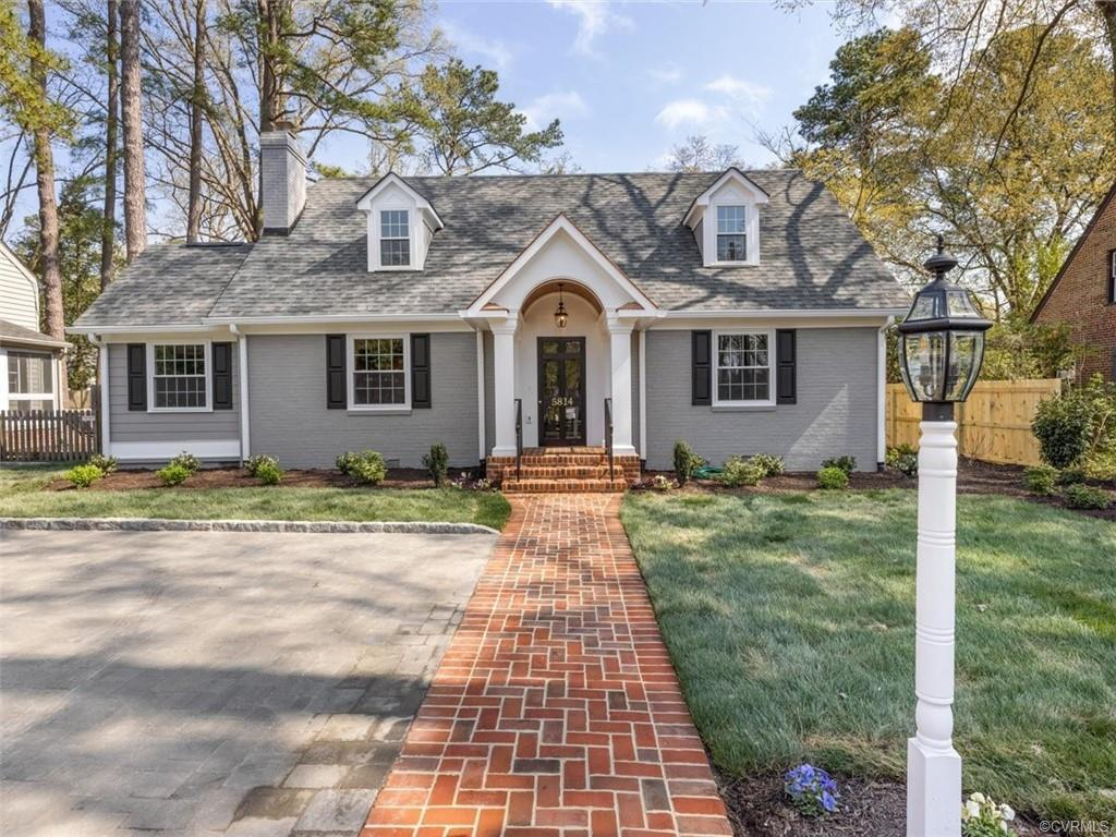 Spectacular 5 bed, 4.5 bath home in Westhampton oozing w/ charm & character throughout. Inside, you