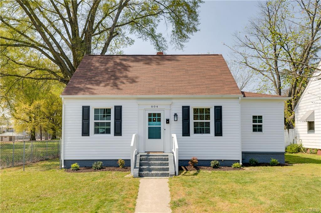 Welcome to this adorable 1940's Church Hill Bungalow! This renovated 3 bedroom, 1.5 bath bungalow ha