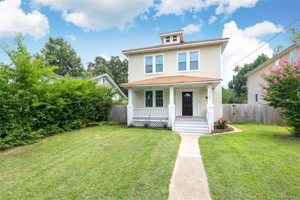 A beautiful 4 bedroom 1.5 bath reconditioned home is one that will for sure stop you in your tracks!