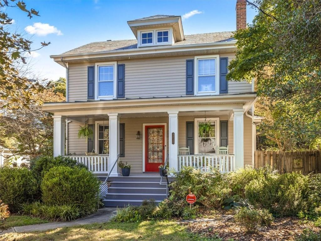 Welcome to 1217 Wilmer Avenue, a unique and beautiful 3 bed, 2.5 bath home located in the lovely 'Je