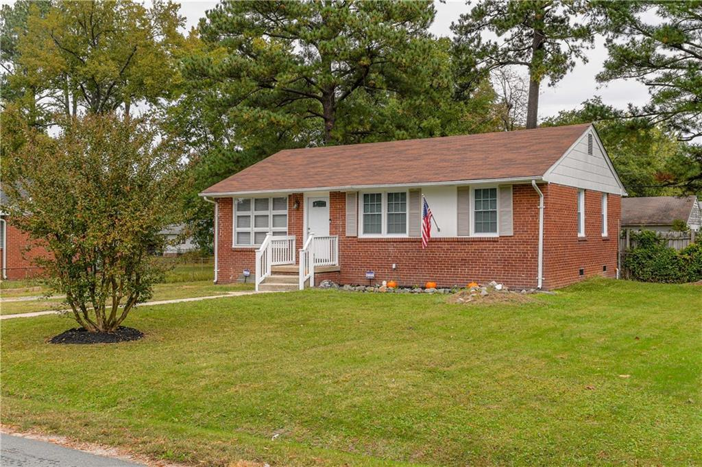 House has a been renovated.  Ready for you.  Rancher open plan.   New flooring in the whole house.