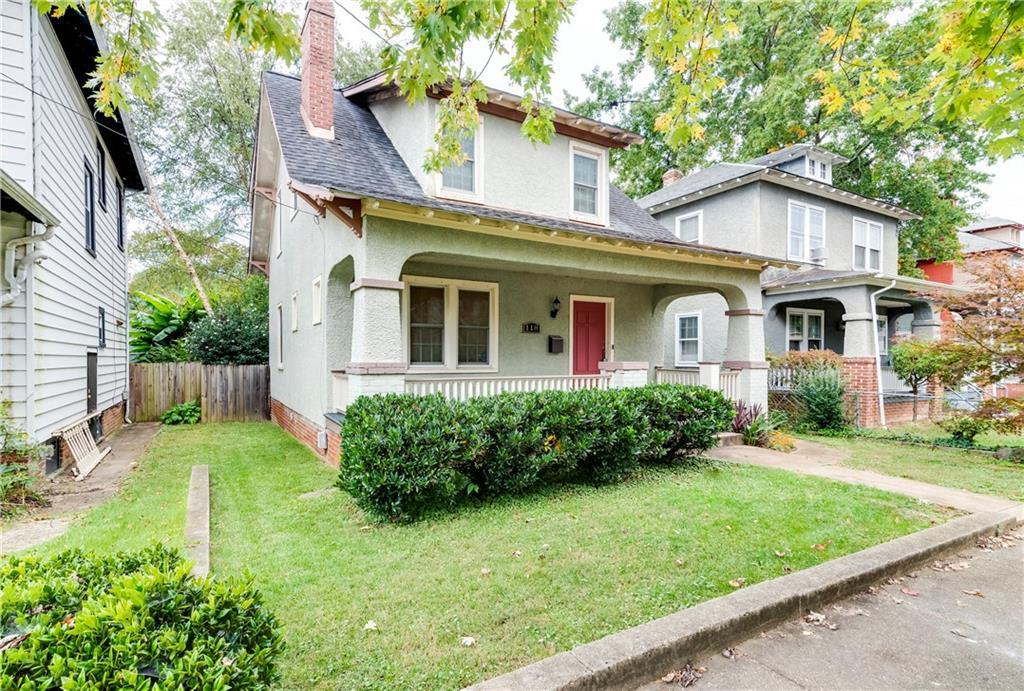 Ready for new owners in the highly sought-after neighborhood of West Manchester/ Woodland Heights.