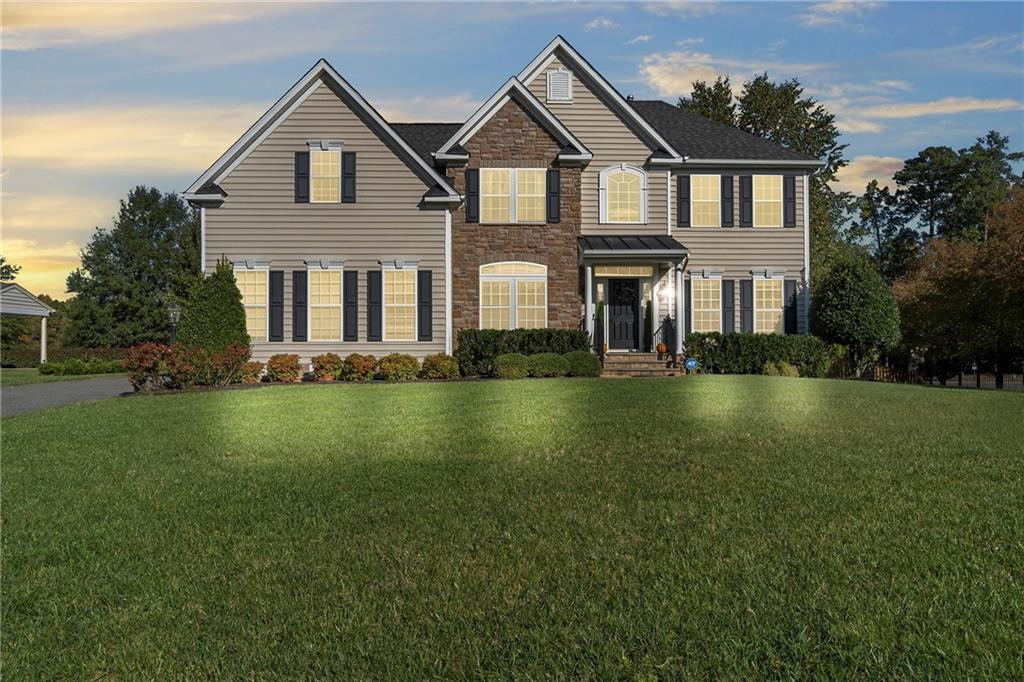 Rare opulence in this pristine Glen Allen home. Every facet speaks sophistication and high style-chi