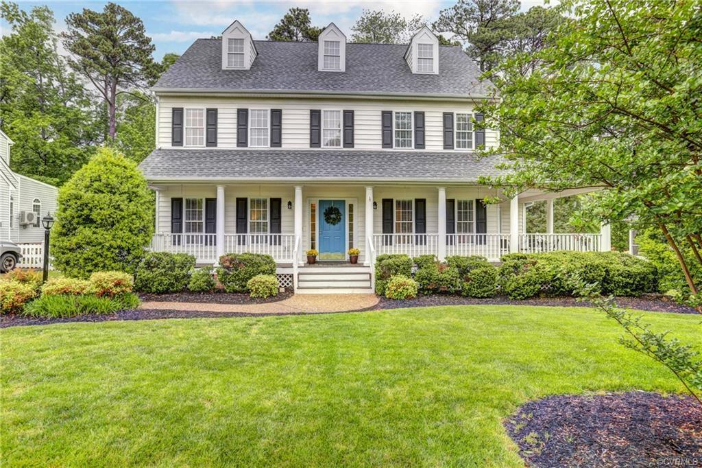 This Impressive Classic Colonial is the perfect Glen Allen family home!  Full wrap front porch, Beau