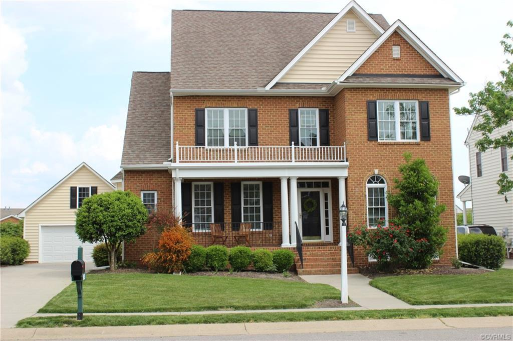 Welcome to 4933 Willows Green Lane in Willows Bend neighborhood of the popular Twin Hickory communit