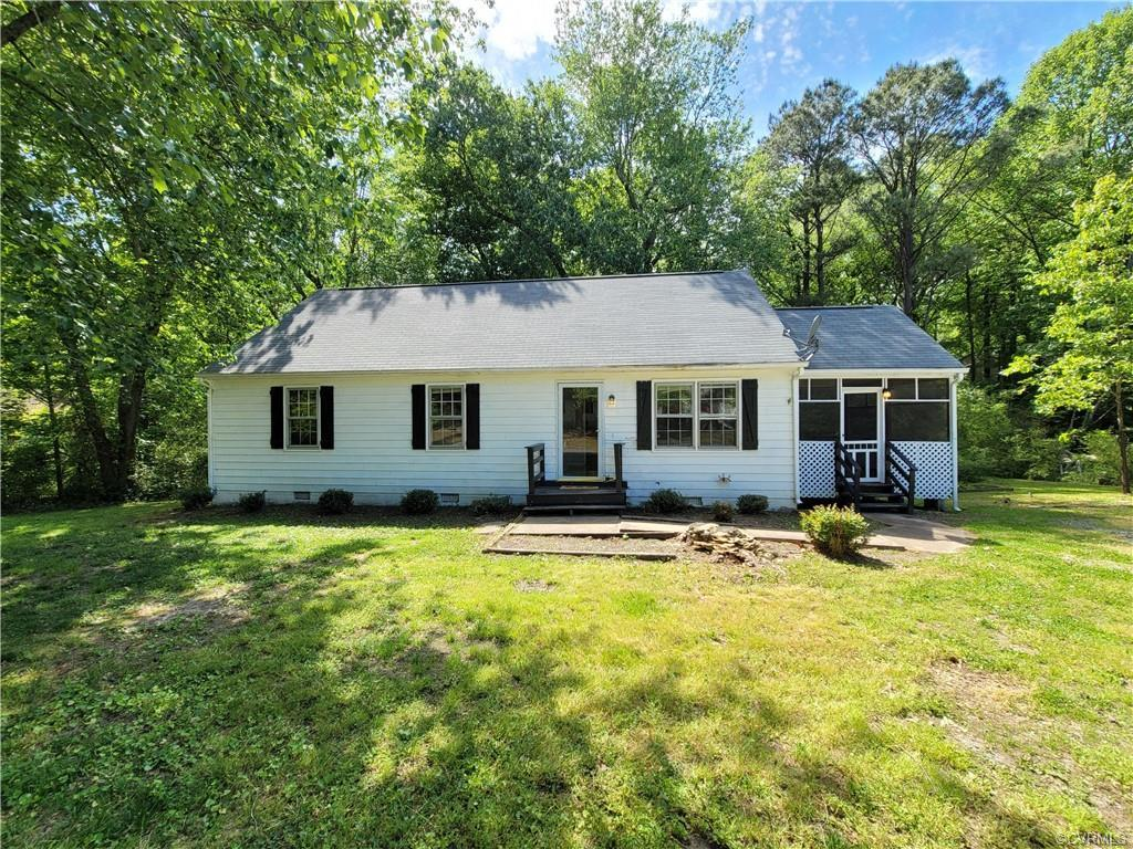 Great opportunity!! This three-bedroom 1.5 bath rancher is located in Raven Run subdivision off the