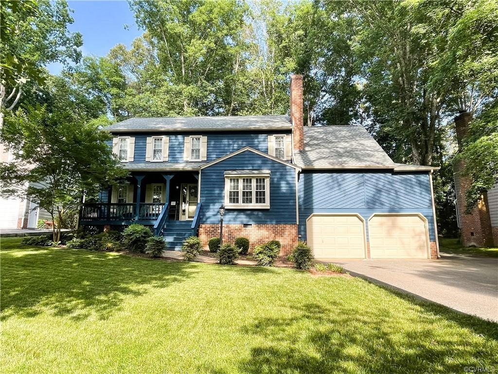 Stunning, renovated home!  A quality Brandermill home with extensive wood flooring, crown moulding o