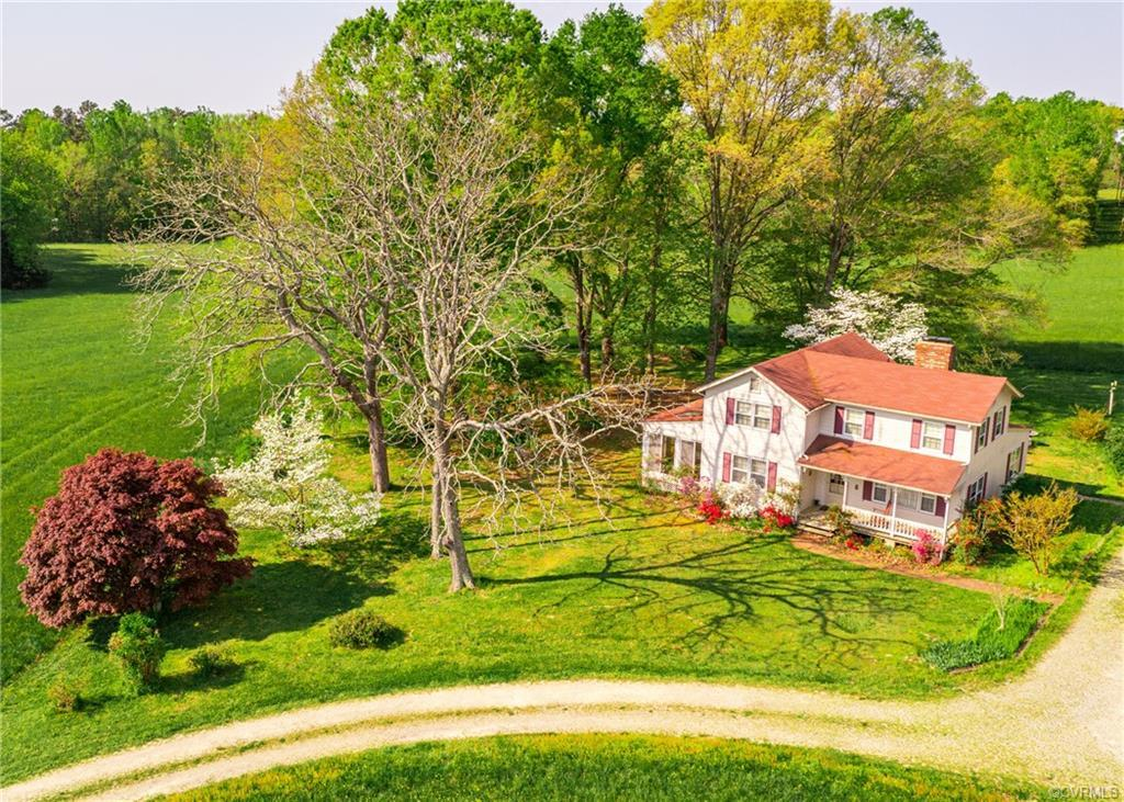 This Farm is What Dreams are Made of! Stunningly Beautiful Open Pastures and Mature Hardwood Trees i