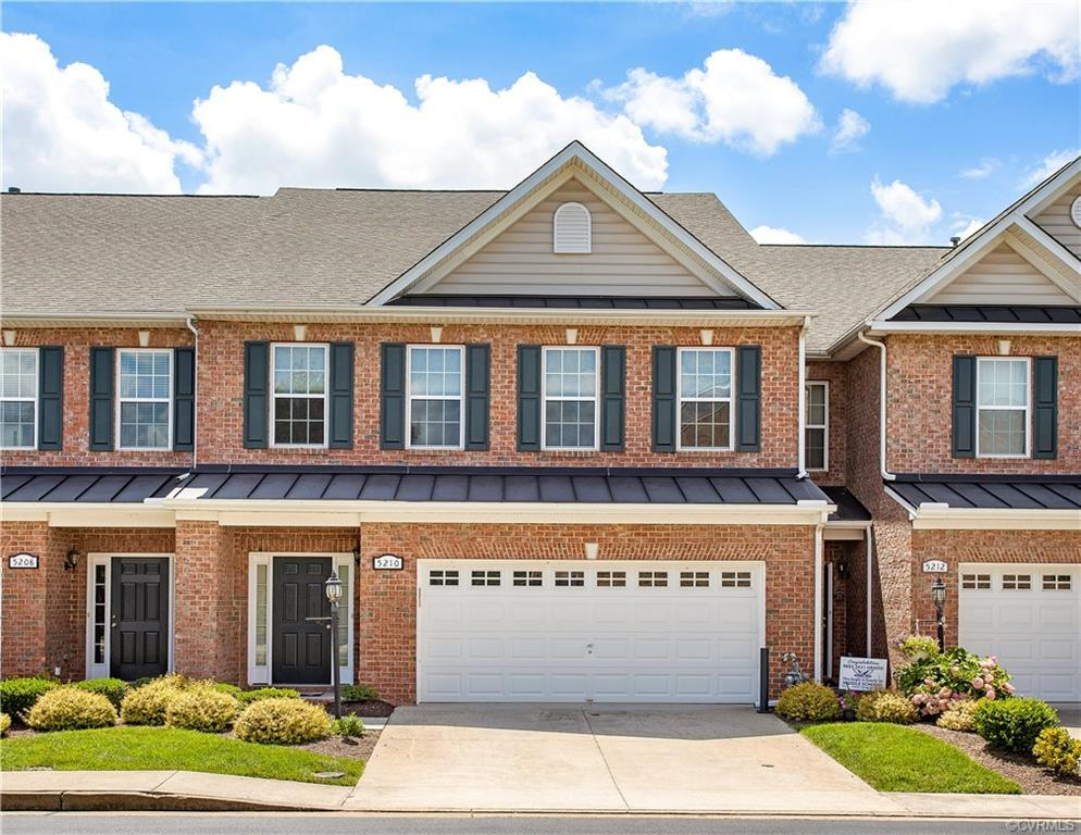 Exciting luxury townhome community in Glen Allen. Urban living in the heart of Twin Hickory, behind
